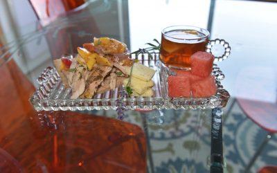 Pulled Peach Chicken Sandwiches for Sweet Georgia Peach, Fritz!