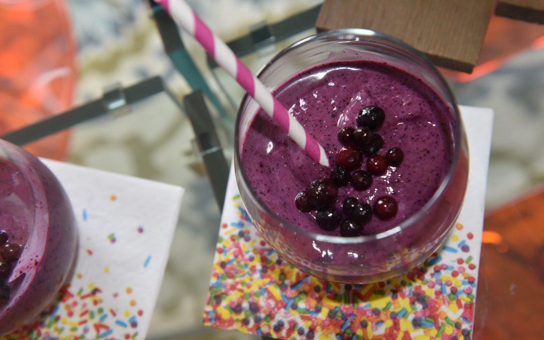 Blueberry-Hot Honey Smoothie